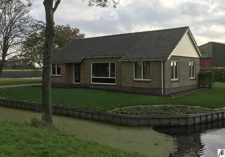 Zwaagdijk woonhuis