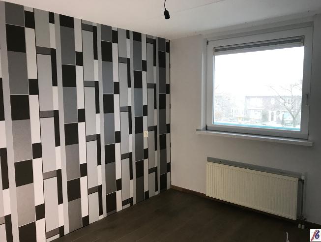 Appartement Medemblik, behang en schilderwerk.